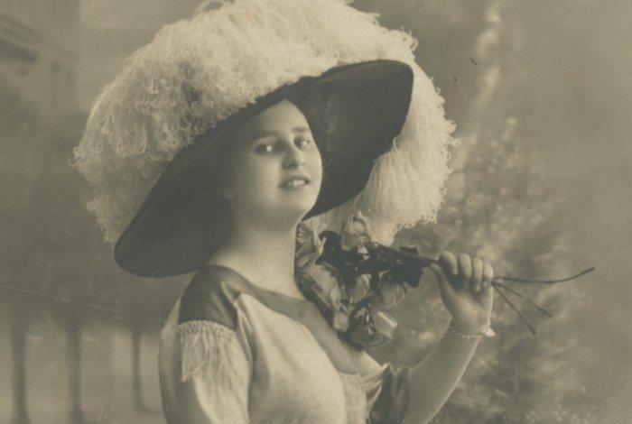 50 ans de l'évolution  de la silhouette féminine